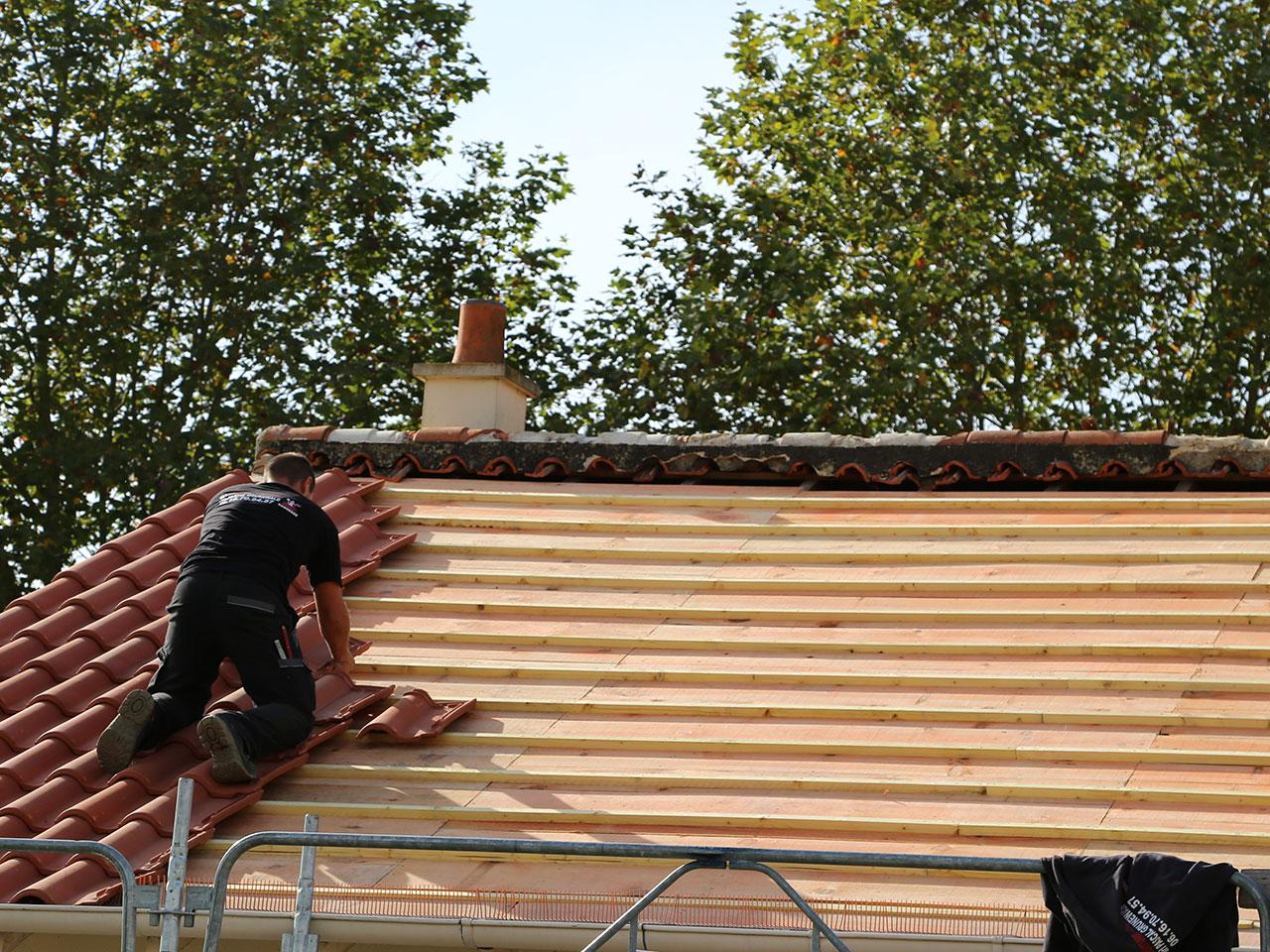 R alisations couverture toiture restauration patrimoine class 79 85 49 - Tuile tige de botte prix ...